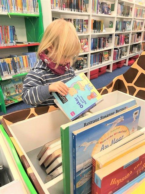 15 Ausflugstipps für Hamburg mit Kindern im Winter_Bücherhallen-Hamburg